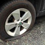crevaison pneu voiture